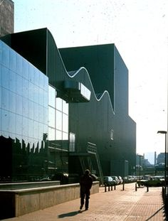 OMA- NETHERLANDS-DANCE-THEATER