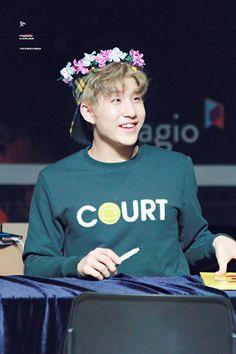 [10.02.17] Makestar Fansign - JinJin Jinjin Astro, Astro Fandom Name, Sanha, Fans Cafe, Art Memes, Bright Stars, Korean Music, Minhyuk