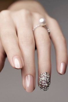 15 Unique Wedding Manicure Ideas | StyleCaster