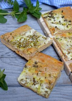 Spanakopita, Quiche, Sandwiches, Food And Drink, Healthy Eating, Menu, Bread, Dishes, Cooking