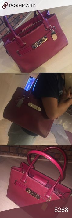 Coach handbag Coach handbag. Maroon in color. Used gently, only some natural wear, no damage, in great condition. Multiple compartments for organization! Can carry on shoulder or on arm. This bag is a classic and can be used for countless purposes. 1st picture is no flash. 3rd picture is with flash. Coach Bags Totes