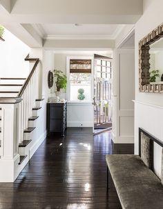 LA residence. L Design Interiors, Boston. Sean Costello Photo.