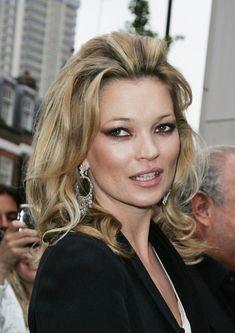 Google Image Result for http://4.bp.blogspot.com/-bzt-awP7xuY/T9pTIx3Um-I/AAAAAAAAGno/a0wiTRPQgqs/s1600/Kate-Moss-Medium-Curls.jpg