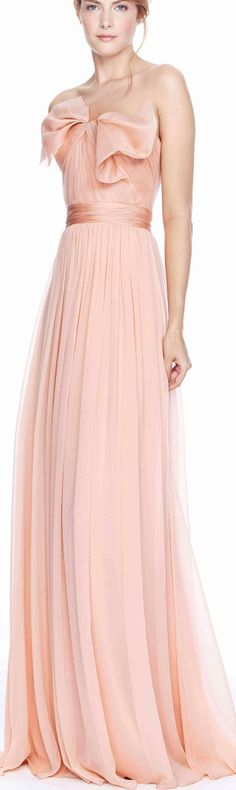 Marchesa Silk Blush Gown - wouldnt look good on me but i sort or like the old-Hollywood look of the gown- Elegant Dresses, Pretty Dresses, Romantic Dresses, Beautiful Gowns, Beautiful Outfits, Traje Black Tie, Dress Couture, Mode Rose, Blush Gown