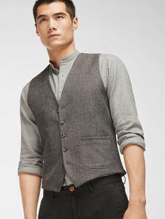 HERRINGBONE WAISTCOAT France Mode, Latest Mens Fashion, Men's Fashion, Single Men, Blazers For Men, Modern Man, Men's Collection, Herringbone, Fall Winter