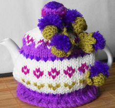 Scottish thistles hand knitted and crocheted by peerietreisures: