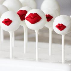 PopEstela's Kiss Me cake pops ($33 for 12) are almost too cute to eat!