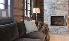 Bilderesultat for laftekompaniet Cabin, Couch, Rustic, Mountain, Furniture, Natural, Home Decor, Country Primitive, Settee