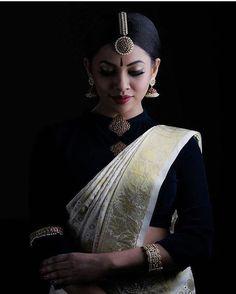 Indian Photoshoot, Saree Photoshoot, Bridal Photoshoot, Black And White Saree, Black Saree, Set Saree, Kasavu Saree, Saree Poses, Kerala Saree
