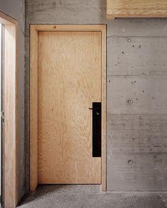 // Atelier Abraha Achermann - Oki Japanese Inn, Zürich Pinned by Ellen Rus. Detail Architecture, Concrete Architecture, Interior Architecture, Interior And Exterior, Door Design Interior, Exterior Doors, The Doors, Wood Doors, Windows And Doors