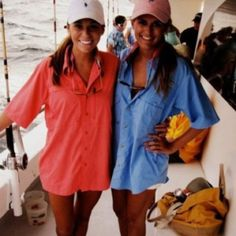 polo hat and oversized button up as a cover up Columbia Fishing Shirts, Columbia Shirt, Summer Outfits, Cute Outfits, Preppy Outfits, Summer Clothes, Preppy Clothes, Vogue, Fishing Outfits