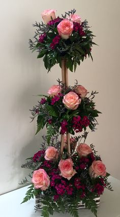 1 million+ Stunning Free Images to Use Anywhere Creative Flower Arrangements, Tropical Floral Arrangements, Church Flower Arrangements, Rose Arrangements, Artificial Flower Arrangements, Church Flowers, Funeral Flowers, Rock Garden Design, Wedding Arbors