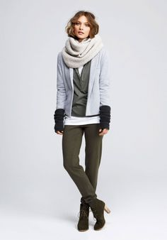chunky scarf and arm warmers