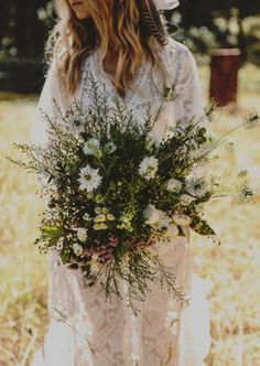 Love this easy DIY style.   free-love-gypsy-wedding-enchanted-wedding-photography_016