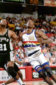 Dikembe Mutombo Drafted in 1991 Basketball Legends, Basketball Skills, Basketball Design, Nba Basketball, Dikembe Mutombo, Kobe Bryant Michael Jordan, Denver Nuggets, Basketball Pictures, Sports Images