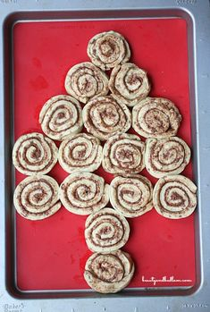 Christmas Cinnamon Roll Tree--I like the layout of the rolls, but I think I would make them from scratch.