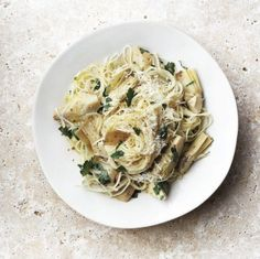 Artichoke and Lemon Pasta made with angel hair, artichoke hearts, garlic butter, fresh parsley, lemon zest and grated parmesan cheese. Artichoke Pasta, Artichoke Recipes, Artichoke Hearts, Summer Pasta Recipes, Easy Dinner Recipes, Easy Recipes, Dinner Ideas, Spring Recipes, Vegetarian Recipes