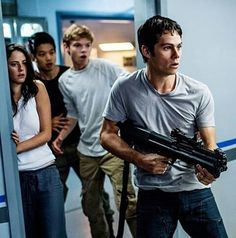 Dylan O'Brien Suffers Broken Bones in 'Maze Runner' On Set Injury: Photo We are sending all of our love to Dylan O'Brien right now after he was severely injured while filming a scene for his upcoming movie The Maze Runner: The Death… Dylan O'brien Maze Runner, Maze Runner Thomas, Maze Runner Cast, Maze Runner Trilogy, Maze Runner Series, Newt Thomas, Dylan O Brien Cute, Bae, The Scorch Trials