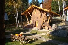 Samos, Czech Republic, Travel Tips, Camping, House Styles, Outdoor Decor, Cottages, Trips, Campsite