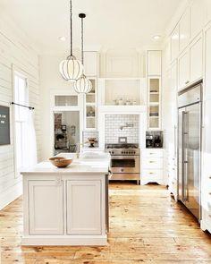 Kitchen Layout, Kitchen Design, Kitchen Decor, Kitchen Ideas, Kitchen Inspiration, Kitchen Sink, Interior Inspiration, Kitchen Island, Cottage Kitchens
