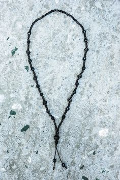 Siyah taş zar kolye