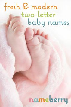Two letter baby names, minimalist baby names, short baby names, short girl names, short boy names, mini names, 2 letter baby names, cool baby names
