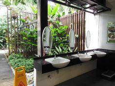 Hort Park toilet, Singapore