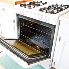 Natural Oven Cleaner For Baked-On Grime: If you've got a dirty secret hiding in your kitchen, then it's time to take care of it.