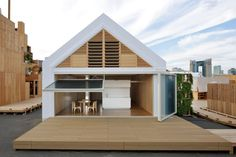 Open House with Condensed Core By Shigeru Ban Architects