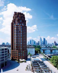 Lindner Hotel & Residence Main Plaza in Frankfurt
