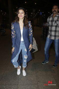 Varun Dhawan and Alia Bhatt arrive in Mumbai from USA
