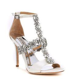 Bridal Wedding Shoes, White Wedding Shoes, Wedding Venues, High Heels, Shoes Heels, Color Plata, Bride Shoes, Dress Sandals, Badgley Mischka