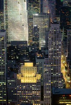 Rockefeller Center, photo by Hans Mauli