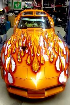 Car fashion is all about car paint jobs, today. Stop scratching your head thinking which out of the many Super cool Car Paint Job Art Ideas to go for, the under-mentioned Car Painting Ideas can be your absolute go-to. Cool Car Paint Jobs, Tuning Motor, Chevrolet Corvette Stingray, Cool Sports Cars, Sweet Cars, Car Painting, Amazing Cars, Awesome, Hot Cars