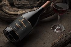 Viña Maipo Limited Edition Syrah 2016, en meget hyggelige chilener. Cabernet Sauvignon, Hygge, Red Wine, Alcoholic Drinks, Glass, Alcoholic Beverages, Drinkware, Corning Glass, Alcohol