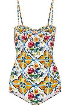 DOLCE & GABBANA Printed Swimsuit. #dolcegabbana #cloth #beachwear