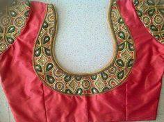 Simple Blouse Designs 2020 That Will Surprise You Looking for Simple Blouse Designs 2020 Collections? More than Simple Blouse Back Neck Designs Images Model Available. Save your Favorite Blouse Pattern. Simple Saree Blouse Designs, Kalamkari Blouse Designs, Cutwork Blouse Designs, Patch Work Blouse Designs, Stylish Blouse Design, Fancy Blouse Designs, Bridal Blouse Designs, Blouse Neck Designs, Neckline Designs