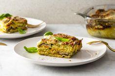 Groente-lasagne - 24Kitchen Rudolfs Bakery, High Tea, Salmon Burgers, Lasagna, Cauliflower, Spaghetti, Good Food, Dinner, Vegetables