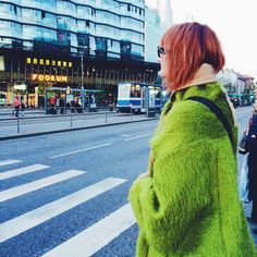 Spring is here! #fashion #color #brights #greencoat #spring #streetstyle #tallinnstreetstyle #TSS
