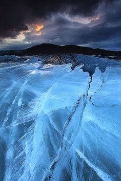 Relentless Force - Svínafellsjökull Glacier in Skaftafell, Iceland by Örvar Atli Þorgeirsson on Flickr.