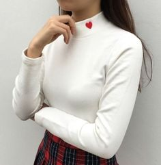 Heart High Neck Solid Top (Off white)