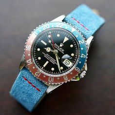 "vintage ""Pepsi"" Rolex GMT(see more watches here) Tag Watches, Cool Watches, Rolex Watches, Wrist Watches, Vintage Rolex, Vintage Watches, Rolex Gmt Master, Rolex 1675, Rolex Air King"
