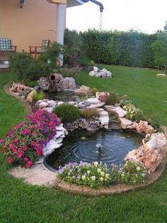 11 Εντυπωσιακά συντριβάνια για τον κήπο σου! | exypnes-idees.gr Front Yard Landscaping, Backyard Landscaping, Landscaping Ideas, Inexpensive Landscaping, Landscaping Borders, Country Landscaping, Design Fonte, Garden Pond Design, Front Yard Design