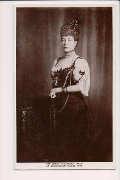 Vintage Postcard Princess Alexandra of Denmark Queen of Great Britain   eBay Queen Victoria's Daughters, Princess Alexandra Of Denmark, Royal Albert, Vintage Postcards, Great Britain, Royalty, Emperor, Painting, Ebay