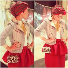 Red peplum scarf and a patterned turban. I adore the metal clutch bag!