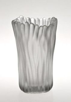 """TAPIO WIRKKALA - Glass vase """"Jäkälä"""" 3515 (Lichen) designed 1950 for Iittala, in production 1950-1964, Finland. Glass Design, Design Art, Organic Glass, Vase, Nordic Design, Finland, Tea Pots, Scandinavian, Glass Art"""
