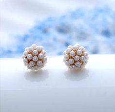 9K Gold Pearl Cluster Earrings | Bridle Bling Cluster Earrings, Stud Earrings, Equestrian Jewelry, Gold Pearl, Bling, Pearls, My Style, Fashion, Moda