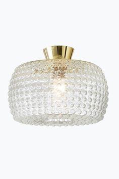 Takplafond av bubbligt klarglas med förmässigat metallupphäng. Höjd 27 cm. Ø 40 cm. Stor sockel E27. Max 60 W. <br>Ljuskälla ingår ej. <br><br>