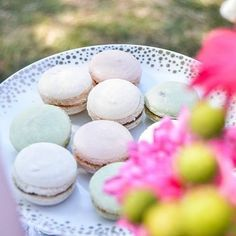 Gorgeous macaroons Baked by @rochelleshomebakery  Tablescape & Styling: @thechicconnective - #collaboration #eventsbythechicconnective