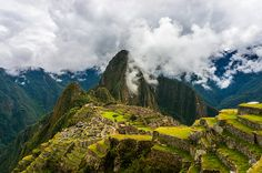 Machu Picchu in all its glory. This dream location is located at 7,972 ft (2,430 m) above sea level. #Peru #MachuPicchu #Inca Photo by Boris G./Flickr
